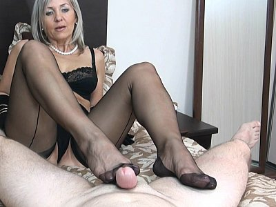 Footjob and mirror cumshot
