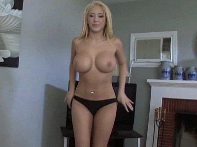 My girlfriend sucking my dick