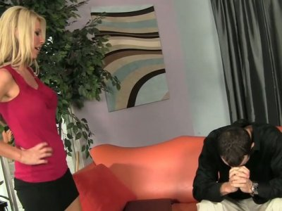 Buxom blond nympho Ashley Winters sucks the dick of Chris Strokes