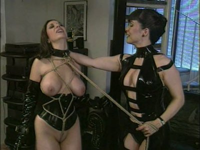 Curvaceous slut Jewell Marceau fucked with plastic stick