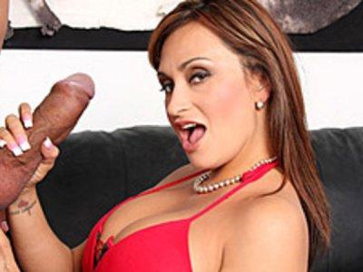 Claudia Valentine Wanks A Huge Rod