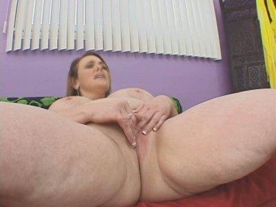 Ugly fatso Vanessa De C poses on cam and sucks a hard shaft deepthoat