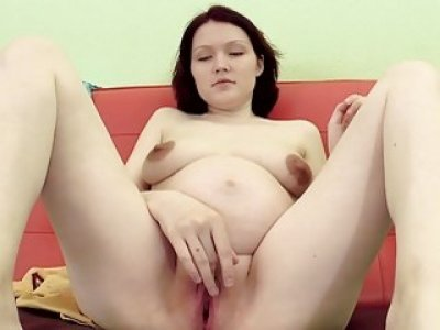 Can Pregnant Anastasia Control Her Contractions?