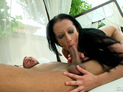 LiveGonzo Natasha Euro Amateur Teen Fucking Outside