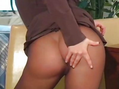 Sexy action in darksome pantyhose