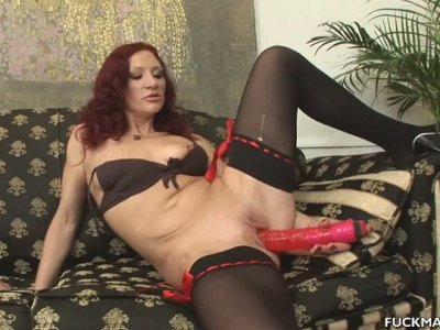 Rapacious wanker in stockings Olesja drills her cunt with a pink dildo