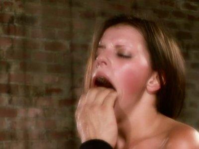 Soaking slit and pinkish of Missy Stone get tongue fucked